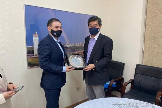 Владимир Максимов встретился с послом Таиланда Сасиват Вонгсинсават