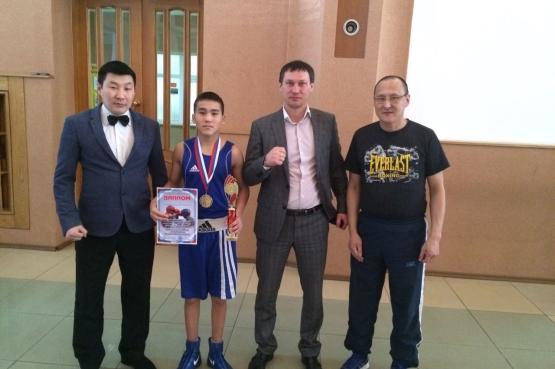 Победитель VI Игр «Дети Азии» стал чемпионом дальневосточного чемпионата по боксу